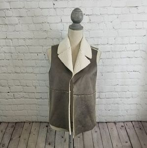 NWT Jack BB Dakota Dark Taupe Vest